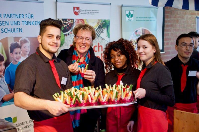 Aktionstag Lebensmittelwertschätzung mit Ministerin an BBS 2 Hannover